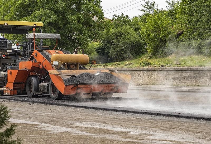 asphalt paving and sealcoating